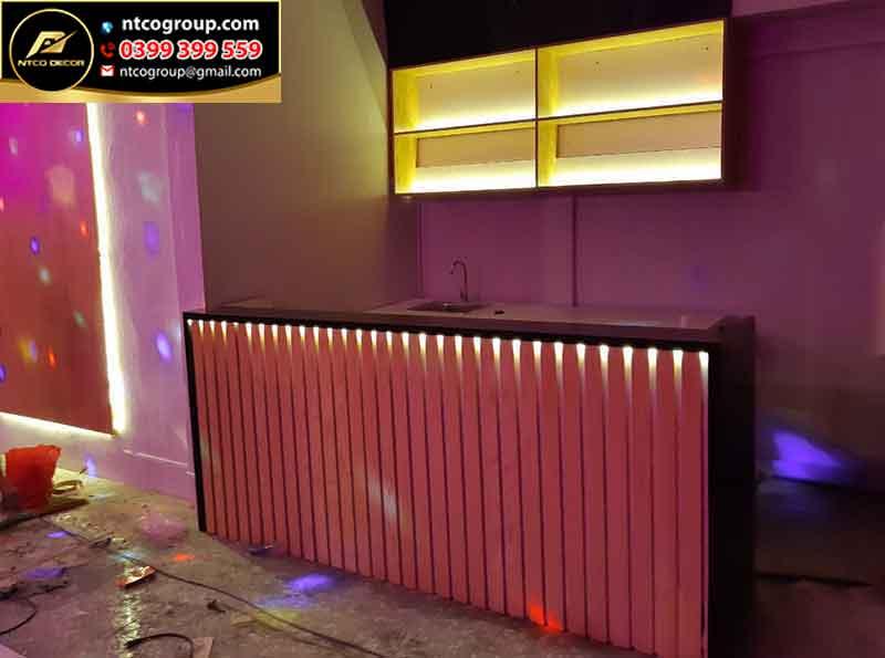 Quầy bar quán trà sữa hiện đại, độc lạ ở Long An